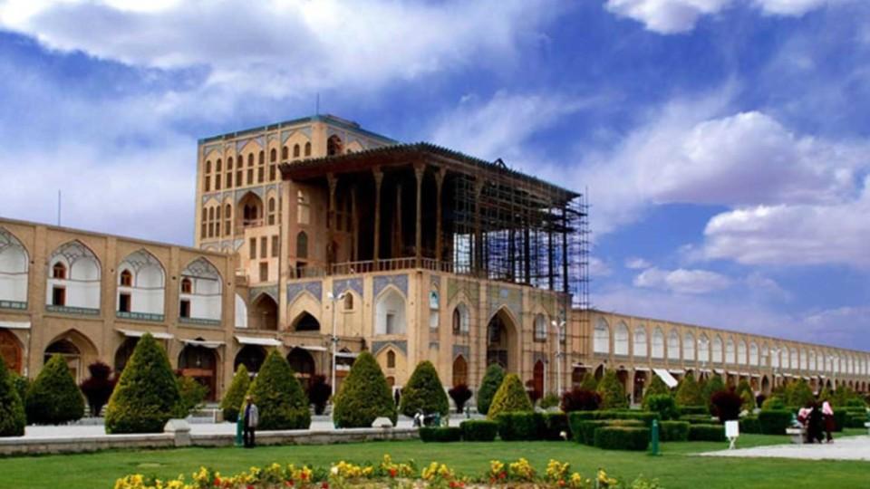 Naqsh-e Jahan Square5